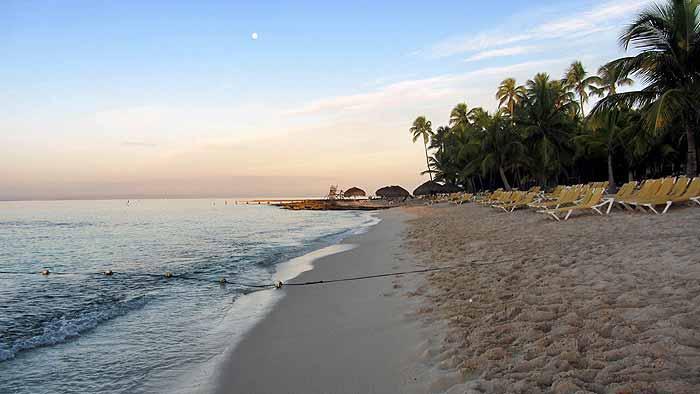Пляж Лагуны Доминикус