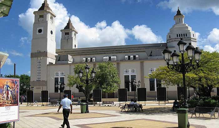 церковь Сан-Фелипе в Пуэрто Плато
