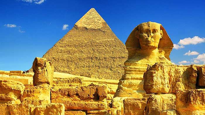 статую фараонов в египте